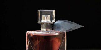 Kobiece perfumy jako dodatek do całego wizerunku